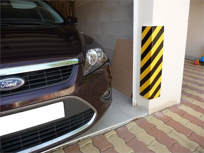 Comment am liorer la visibilit dans son garage norauto for Protection angle mur