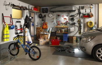 optimiser le rangement dans son garage norauto. Black Bedroom Furniture Sets. Home Design Ideas