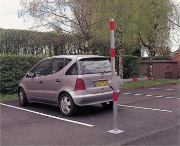comment bloquer l acc s sa place de parking facilement norauto. Black Bedroom Furniture Sets. Home Design Ideas