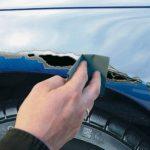 Comment réparer sa carrosserie : gros impacts, trous…